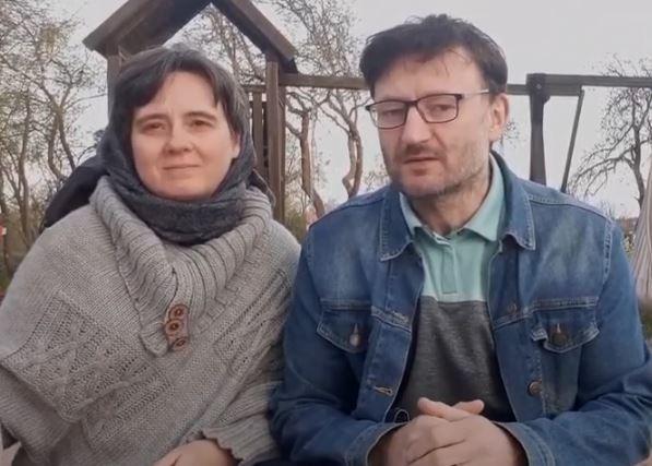 SZKOŁA FORMACJI – MODLITWA RODZINNA – Ania i Janusz mówią o modlitwie rodzinnej