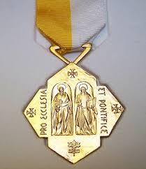 Informacja o wyróżnieniu dla członków Kościoła Domowego – Haliny i Janusza Mazurków
